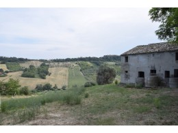 FARMHOUSE TO BE RENOVATED WITH LAND FOR SALE IN LAPEDONA, SURROUNDED BY SWEET HILLS IN THE MARCHE province in the province of Fermo in the Marche region in Italy